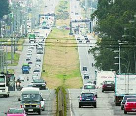 Linha Verde, em Curitiba: segunda etapa aguarda recursos e começará em 2010