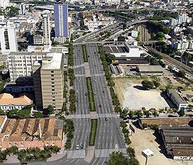 Linha Verde, em Belo Horizonte: eixo liga capital com região metropolitana e custou R$ 400 milhões