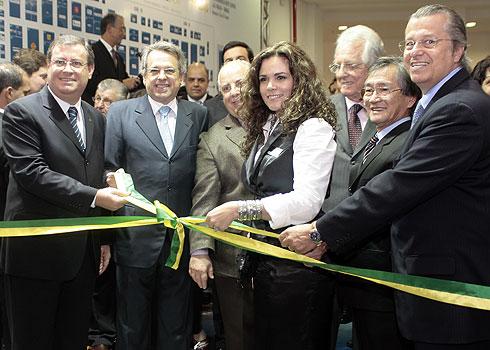 Wagner Lopes, da ABESC; Renato Giusti, da ABCP, e Cláudia Godoy, da  Sienna Interlink, abriram a Concret Show