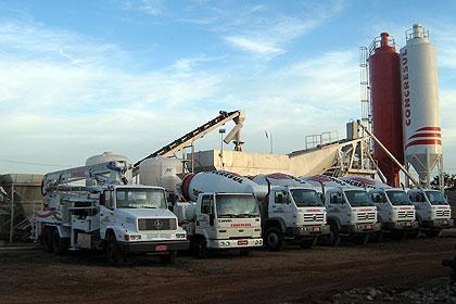 Canteiro de obras da Concresul, onde a empresa produz in loco o concreto usado na construção do metrô